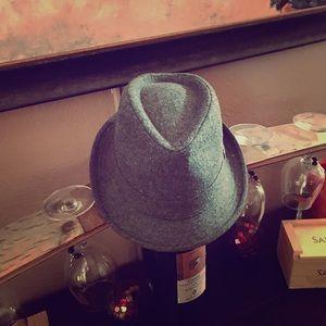 Accessories - Fedora hat like new